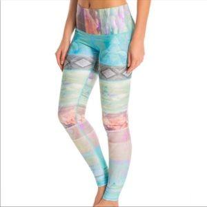 teeki Pants & Jumpsuits - Teeki hot pants size small